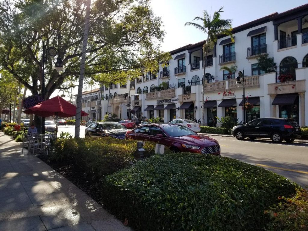 5th Avenue in Naples Florida has the best restaurants and shops in the area. Stroll the cute street and enjoy a great meal.
