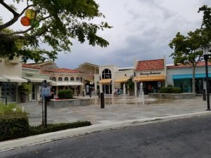 Village at Venetian Bay a great place to shop and eat while in Naples florida