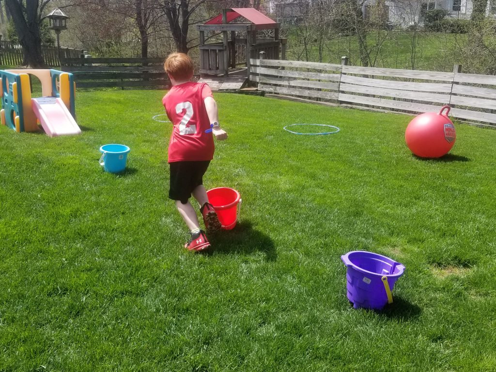 Obstacle Course for Kids  - A fun kids activity for backyards