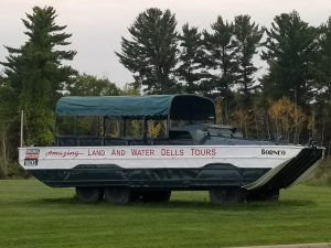 Dells Duck Tours and more fun things to do in Wisconsin Dells with Kids.