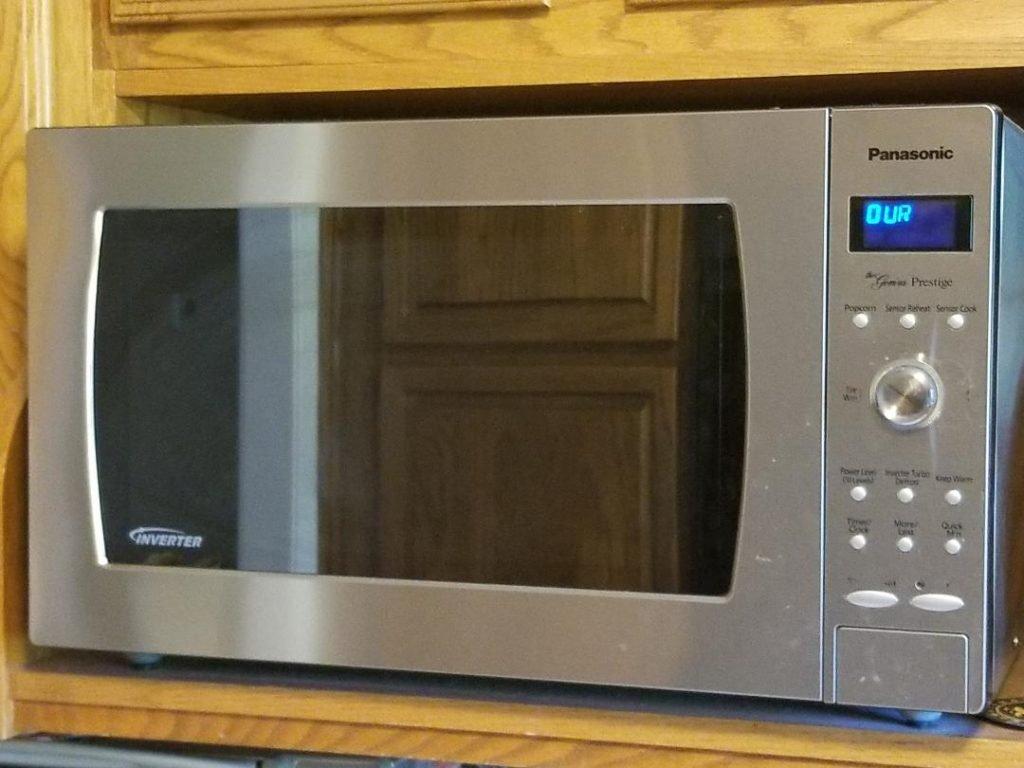 Easy Microwave cleaning hacks.