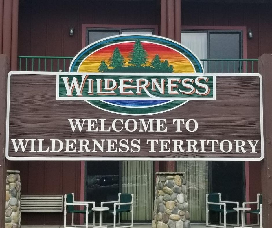 Wisconsin Dells Wilderness Resort a fun Family Waterpark hotel with tons of indoor and outdoor attractions for kids.