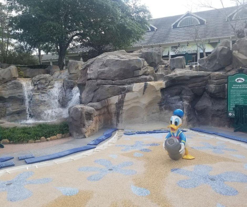 Children's Splash Pad at the High Rock Spring Pool Area. Saratoga Spring Resorts pool area for kids.