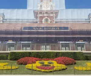 Disney Worlds Magic Kingdom Entrance for Rope Drop